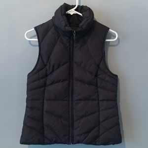 Kenneth Cole Reactionm down zip Puffer vest Small